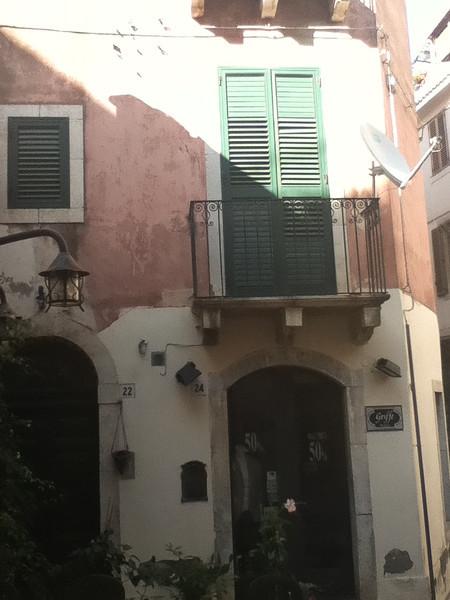 20110812-Ginka-Sicily-20110812--IMG_1102--0230.jpg