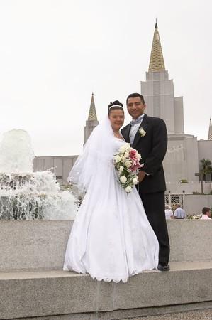 Joey y Melania -- Oakland Temple