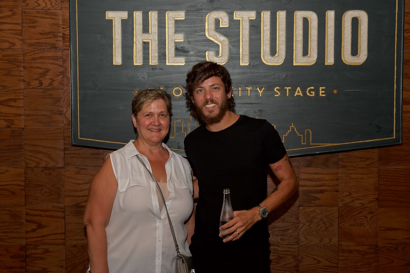 Chris Janson meet and greet