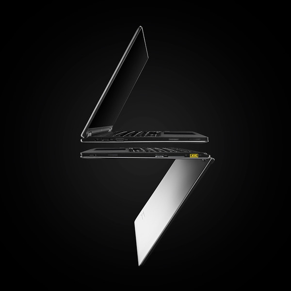 Photographer-David-Arky-technology-Creative-Space-Artists-Management-14-Lenovo-Laptop S.jpg