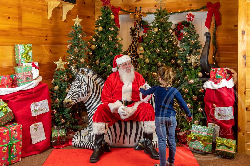2019-12-01 Santa at the Zoo-7535.jpg