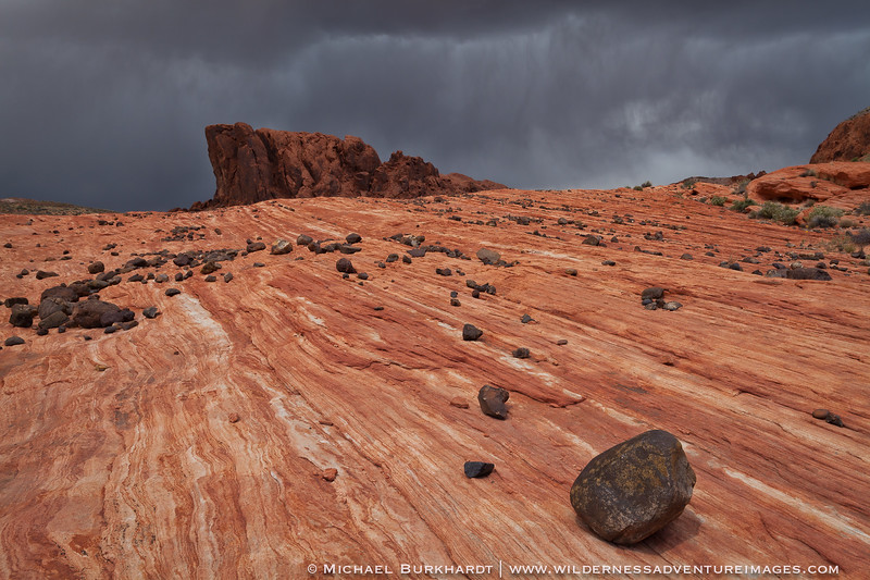 Valley_of_Fire_Gibralter_Rock_Approaching_Storm_FINAL_469.jpg