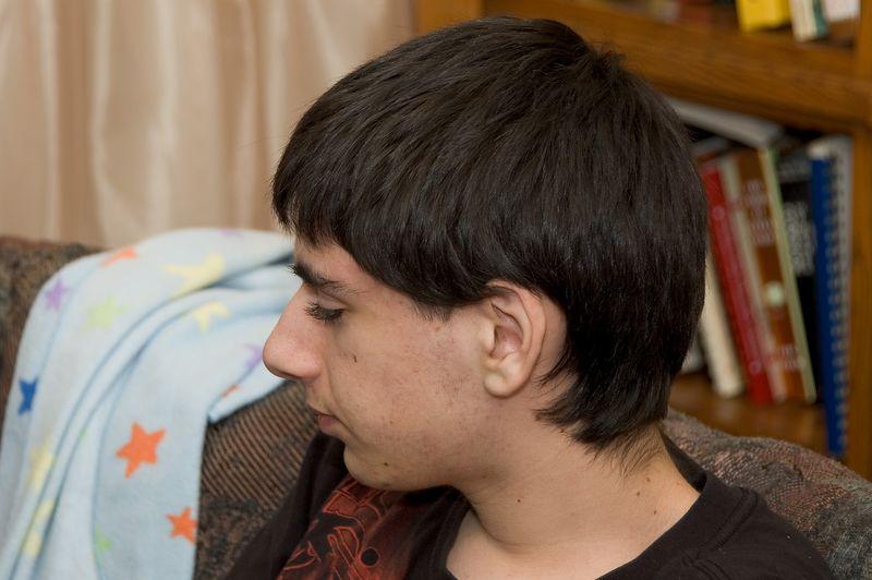 Ben in profile   (Nov 26, 2004, 03:07pm)