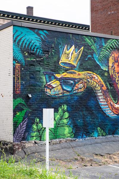 mural by Team Rekloos: Brian Life, Brand Rockwell & Raodee