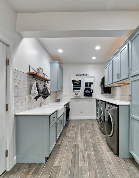 Mirando laundry room 2018
