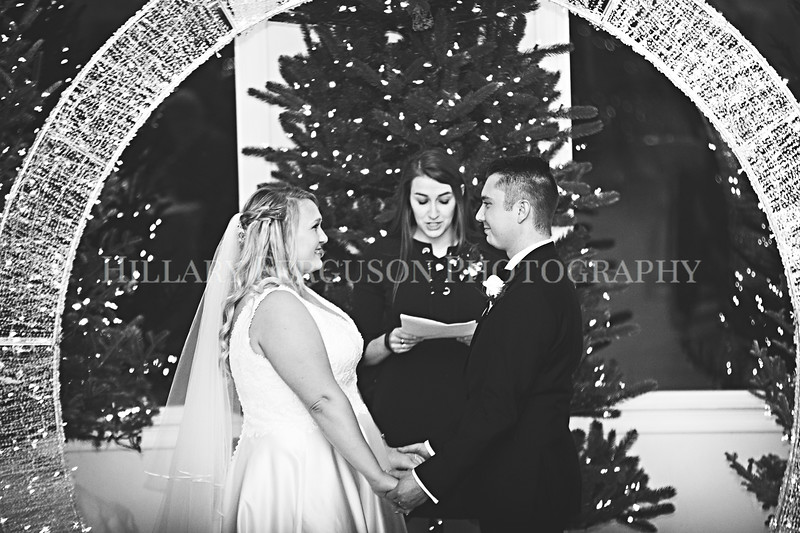 Hillary_Ferguson_Photography_Melinda+Derek_Ceremony105.jpg