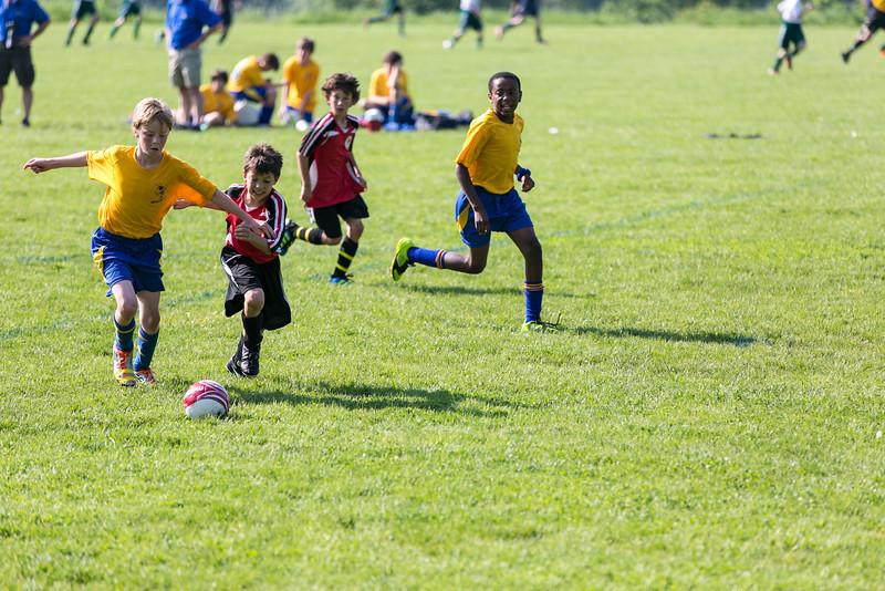 amherst_soccer_club_memorial_day_classic_2012-05-26-00930.jpg