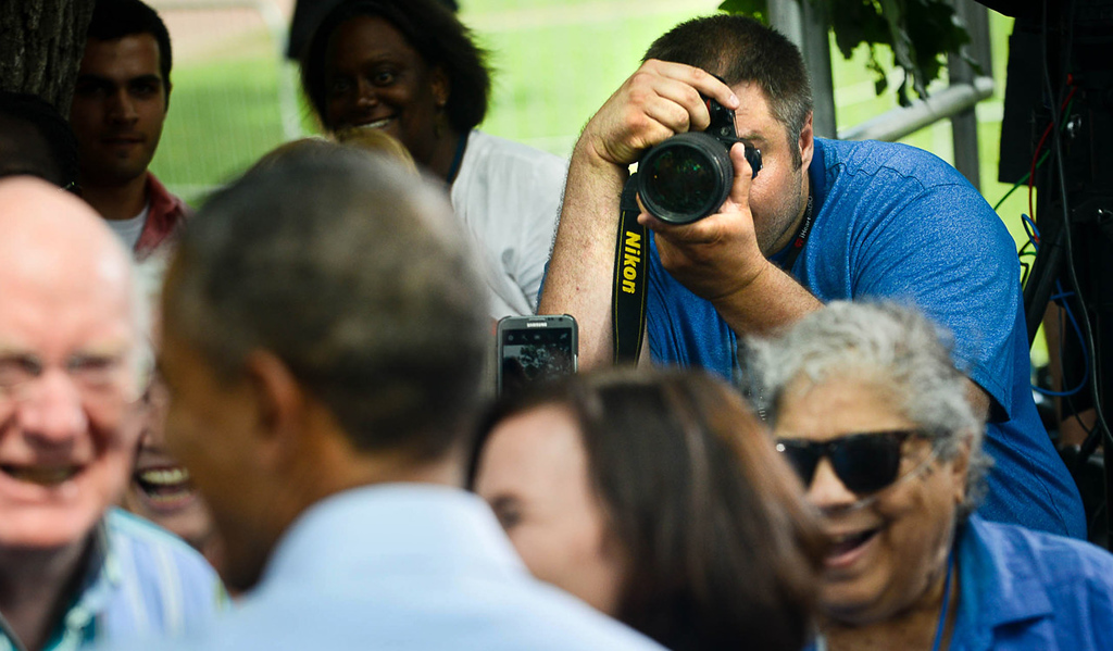 . President Barack Obama greets the crowd before speaking and answering questions at Minnehaha Park in Minneapolis on Thursday. (Pioneer Press: Ben Garvin)