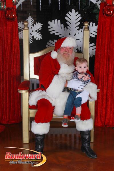 Santa 12-17-16-310.jpg
