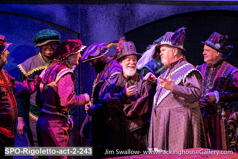 SPO-Rigoletto-act-2-243.jpg