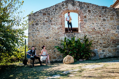 Elegant Entertainment in Tuscany