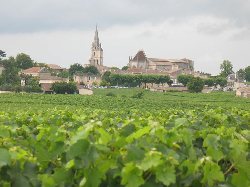 view of St-Emilion - Mimi Nenno