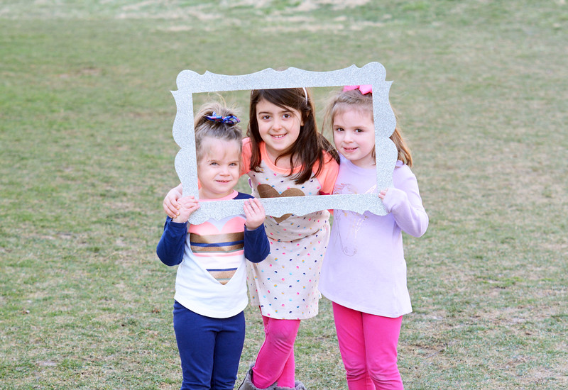 Siblings_Reese, Lyla and Cassidy Conlin.JPG