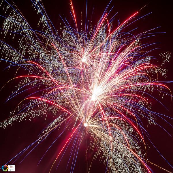 G52GamesleyFireworks-Nov18 (23 of 54).jpg