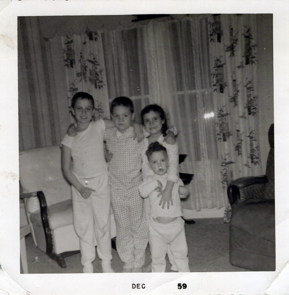 1959 Butch, Ken, Teri, Kris.jpeg