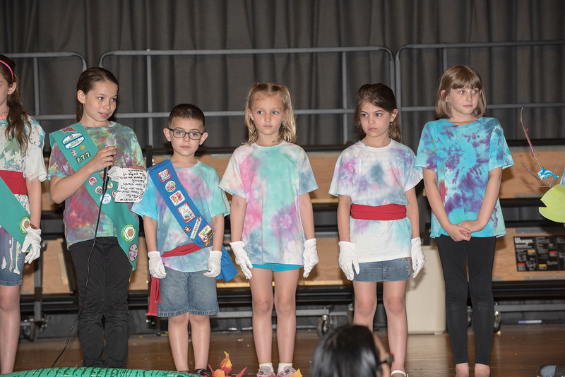 Sara Girl Scouts  7   750_1234.jpg