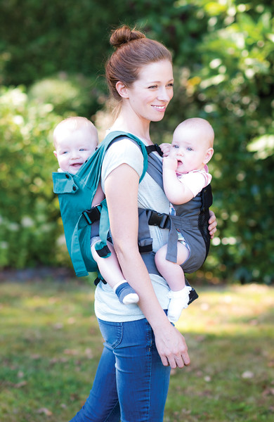 Izmi_Baby_Carrier_Cotton_Teal_Lifestyle_Twin_Carry.jpg
