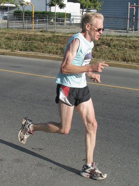 2005 Run Cowichan 10K - img0104.jpg