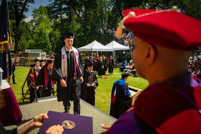 1905_26_graduation_pickhardt-05452.jpg