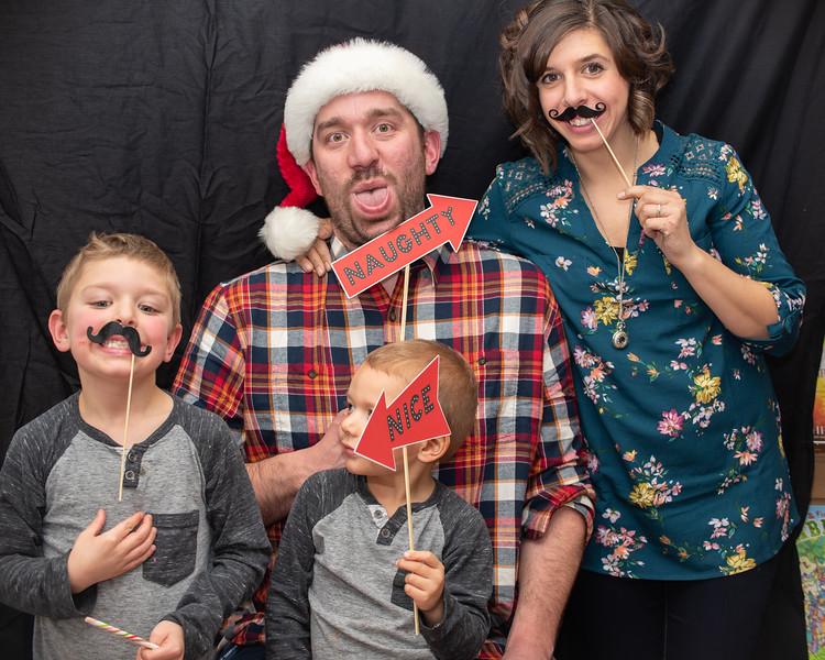 2018 HOH Christmas Booth (40).jpg