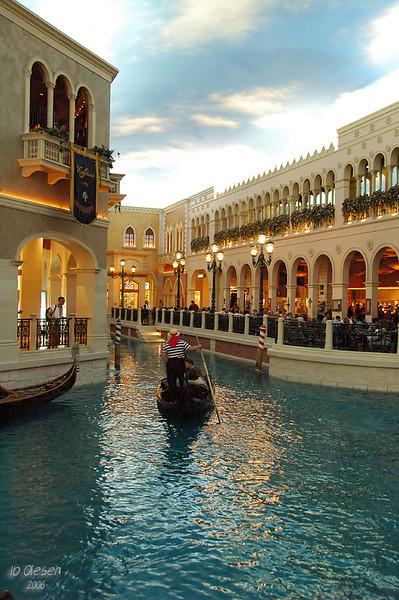 Kmpe - KMPE - shoppingcenter amp Casino (63856809).jpg
