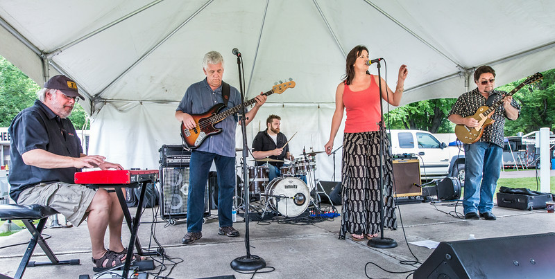 -Lisa Wenger and the Mean Mean Men- Madelia Blues Fest 2014