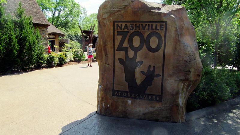 Nashville Zoo April 2019