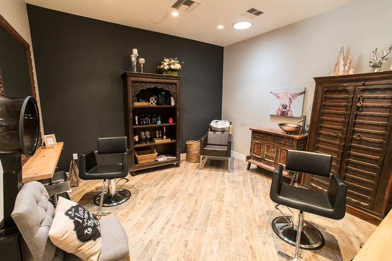 12_20_16_Hair Salon178.jpg