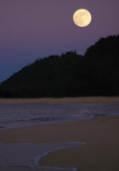Full Moon rising over Kaunala Beach on the North Shore of O'ahu, Hawai'i  November 4, 2006