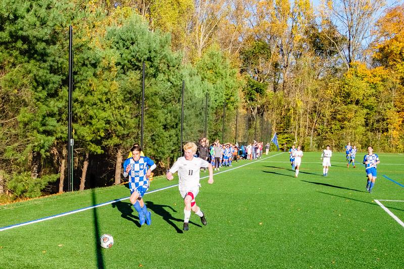 TCS Varsity Soccer 2019-3878.jpg