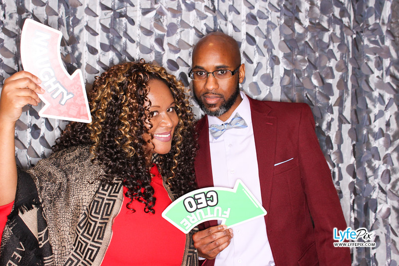 red-hawk-2017-holiday-party-beltsville-maryland-sheraton-photo-booth-0244.jpg