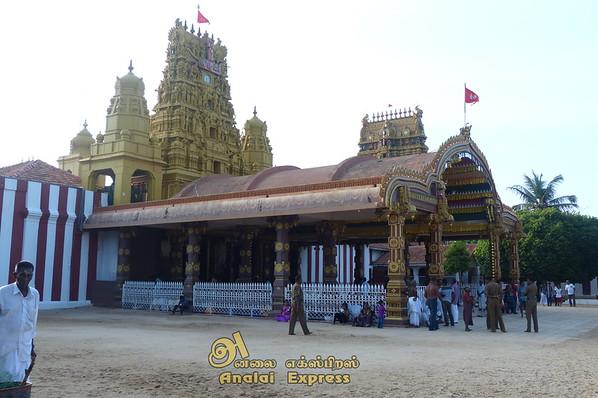 யாழ்ப்பாணம் நல்லூர் கந்தசுவாமி ஆலய எட்டாம் திருவிழா