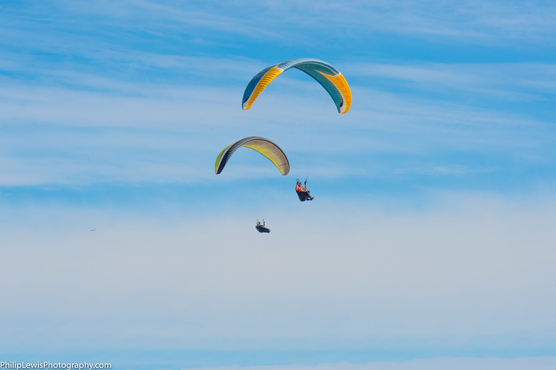 Paragliders in Carpinteria-12.jpg