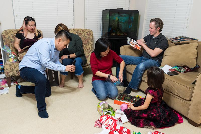 20191224_christmas-pary-vo-family_009.jpg
