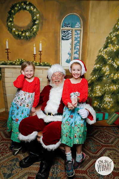 Pictures with Santa @Earthbound 12.1.2018-071.jpg
