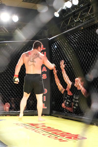 Brandon Stoyanoff vs Nate Mortson