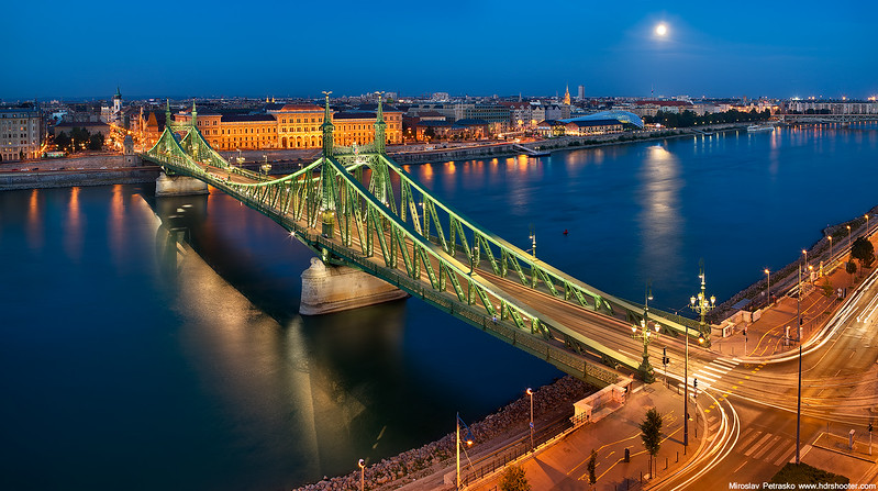 Budapest_DSC8511-web.jpg