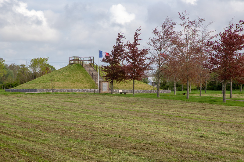 Escquelbec Massacre Site