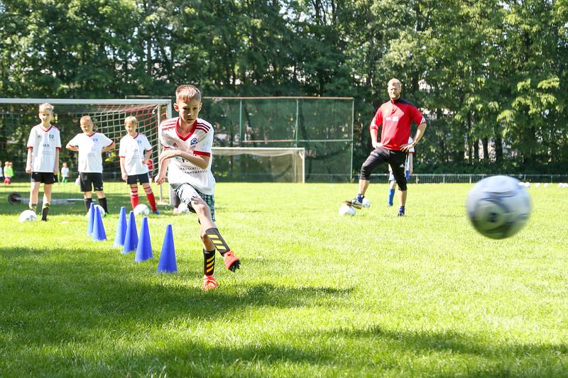 hsv_fussballschule-296_48048034137_o.jpg