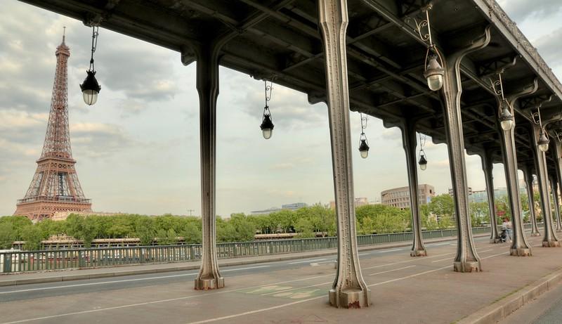 View from the Bir Hakeim Bridge