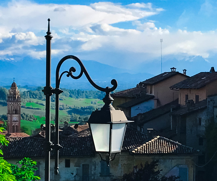 late afternoon outside Villa Becarris.jpg