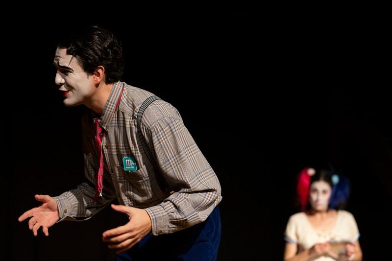 Allan Bravos - essenCIA Teatro - Persona 07-396.jpg