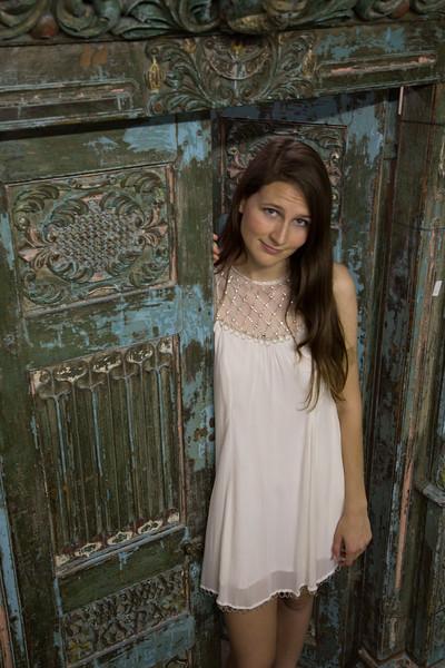 Meagan Senior Pics-1208.jpg