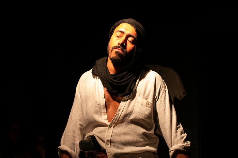 Allan Bravos - Fotografia de Teatro - Indac - Migraaaantes-501.jpg