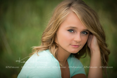 Mikayla Ogren Senior Portraits