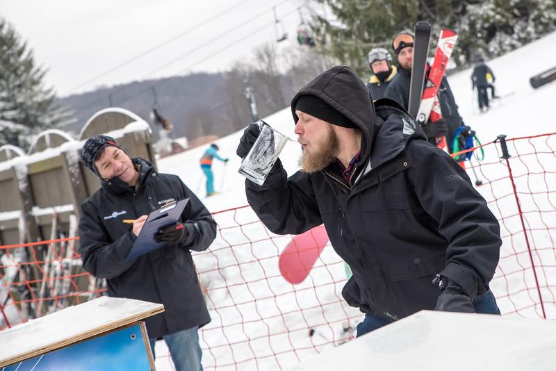 Mid-Season-Party_2017_Snow-Trails-9898.jpg