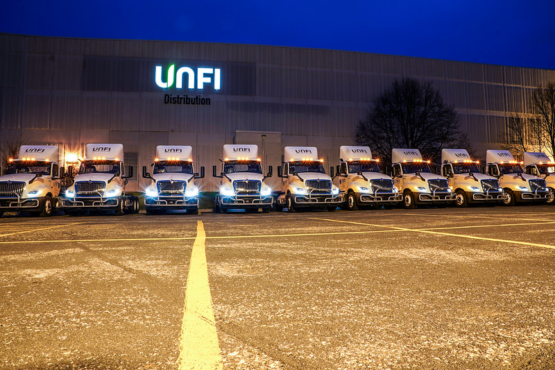 Unfi Trucks 300 Building-7.JPG