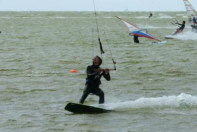 Naar Hurkmans - parasurfing