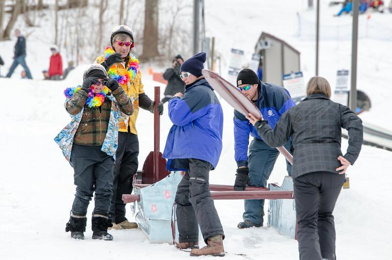 Carnival-Sunday-2014_Snow-Trails_0404.jpg