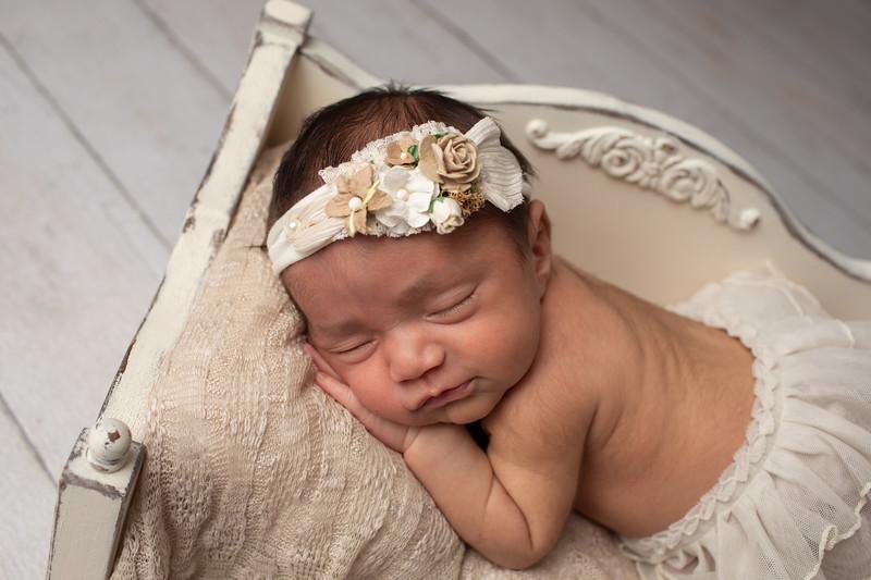 Baby Victoria-12.jpg